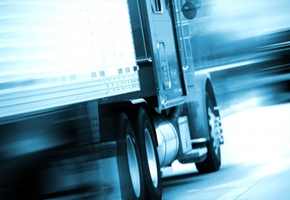 Distraction and truck drivers make a deadly combination