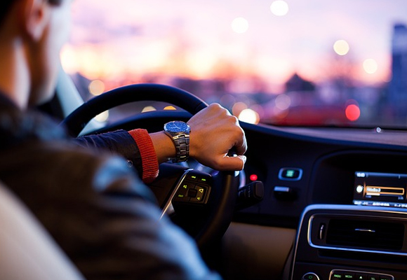 Falling Asleep at the Wheel Can Kill You: Are You at Risk?